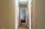 332 NE Chambers Ct, Newport, OR 97365 - Hallway
