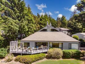600 Island Dr, #11, Gleneden Beach, OR 97388 - Great Location on Golf Course