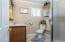 763 SE 7th St, Toledo, OR 97391 - upstairs bathroom SE 7th