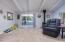 25795 Tyee Rd, Cloverdale, OR 97112 - Living Room