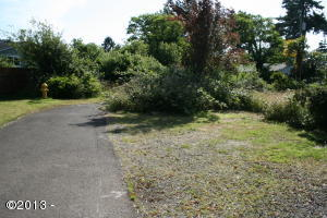 6281/6289 SW Jetty Ave, Lincoln City, OR 97367 - Street Access View