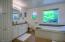 854 SE 5th St, Newport, OR 97365 - Master bath