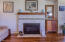 854 SE 5th St, Newport, OR 97365 - Gas fireplace