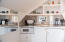2459 SW Anemone Ave, Lincoln City, OR 97367 - Wet Bar