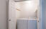 2209 NW Oar Pl, Lincoln City, OR 97367 - Laundry