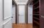 316 NE 20th St, Newport, OR 97365 - Closet