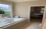 5770 SW Barnacle Ct, Newport, OR 97366 - Entry hall