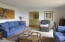 1037 SE 1st St, Newport, OR 97365 - Living room