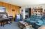 1037 SE 1st St, Newport, OR 97365 - Family room