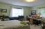 1037 SE 1st St, Newport, OR 97365 - Bedroom 3