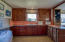 6 NW Brook St, Newport, OR 97365 - Kitchen