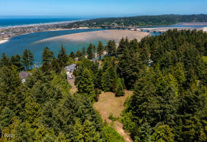 TL100\151 SW Norwood Drive, Waldport, OR 97394