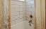 180 Bella Beach Dr, Depoe Bay, OR 97341 - Primary En Suite Bathroom