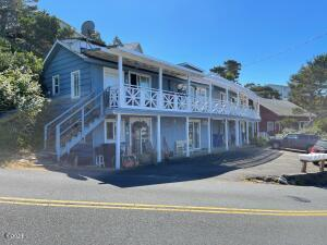 522 NW Inlet Avenue, Lincoln City, OR 97367 - side image
