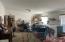 2867 N North Bank Rd, Otis, OR 97368 - Oversized Room
