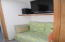 140 SE Surf Ave, Lincoln City, OR 97367 - Sitting alcove