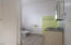 869 NW Beach Dr, 4, Newport, OR 97365 - Bathroom