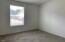 1125 SW Sailfish Loop, Waldport, OR 97394 - Guest room