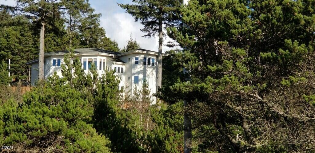 2002 NW View Ridge Dr, Waldport, OR 97394 - vr