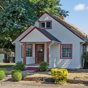 310 Nursery St SE, Amity, OR 97101 - Front Porch