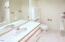 4696 NE Windward Pl, Lincoln City, OR 97367 - Bathroom Main Master