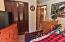 9687 Logsden Rd, Blodgett, OR 97326 - Bedroom 1