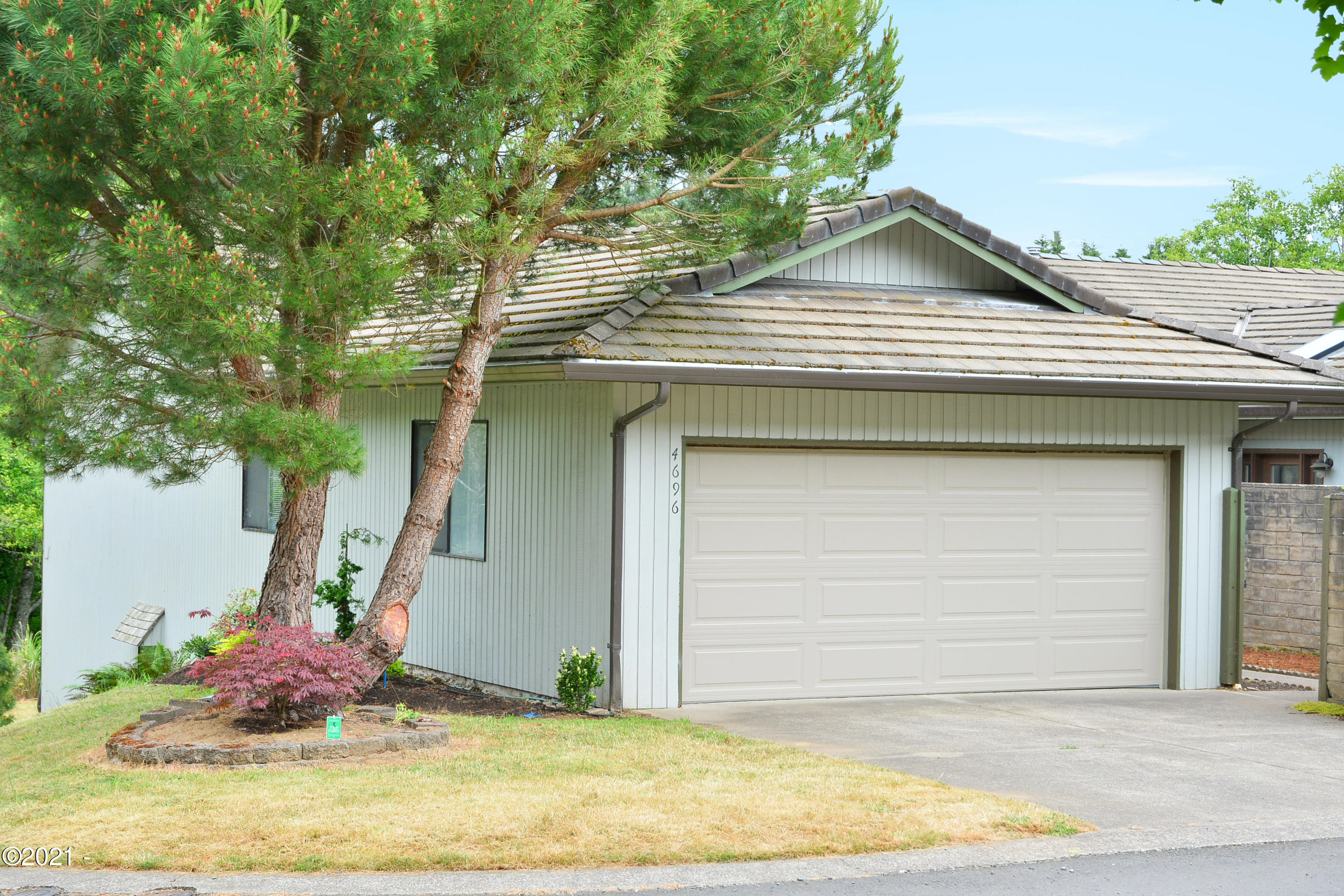 4696 NE Windward Pl, Lincoln City, OR 97367 - NW Corner of Home