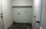 1125 SW Sailfish Loop, Waldport, OR 97394 - Laundry room