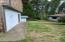 2065 NW Elm St, Toledo, OR 97391 - Side yard