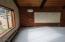 2065 NW Elm St, Toledo, OR 97391 - Living Room