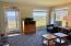 939 NW Hwy 101, C515 WEEK B, Depoe Bay, OR 97341 - Living Room