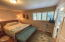 425 NE Edgecliff Drive, Waldport, OR 97394 - Guest room1