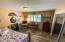425 NE Edgecliff Drive, Waldport, OR 97394 - Guest room-2