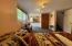 425 NE Edgecliff Drive, Waldport, OR 97394 - Lower  level bedroom-