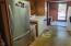 752 SE 8th St, Toledo, OR 97391 - Kitchen