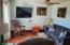 752 SE 8th St, Toledo, OR 97391 - Living Room