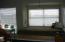 720 SW 6th St, 204M, Newport, OR 97365 - Window seat