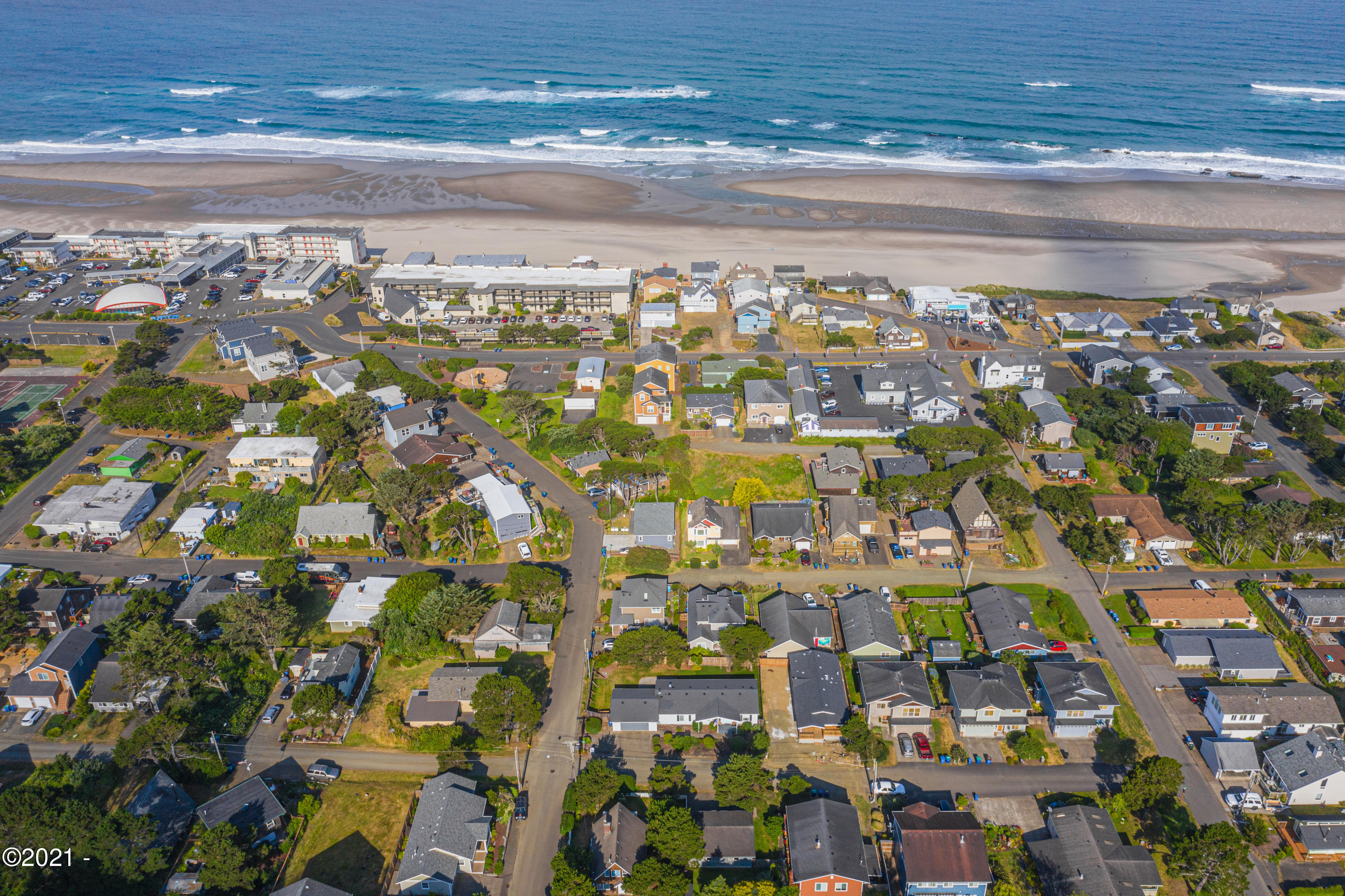 3211 NW Marine Ave, Lincoln City, OR 97367
