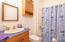 1819 NW 52nd Dr, Lincoln City, OR 97367 - Bathroom