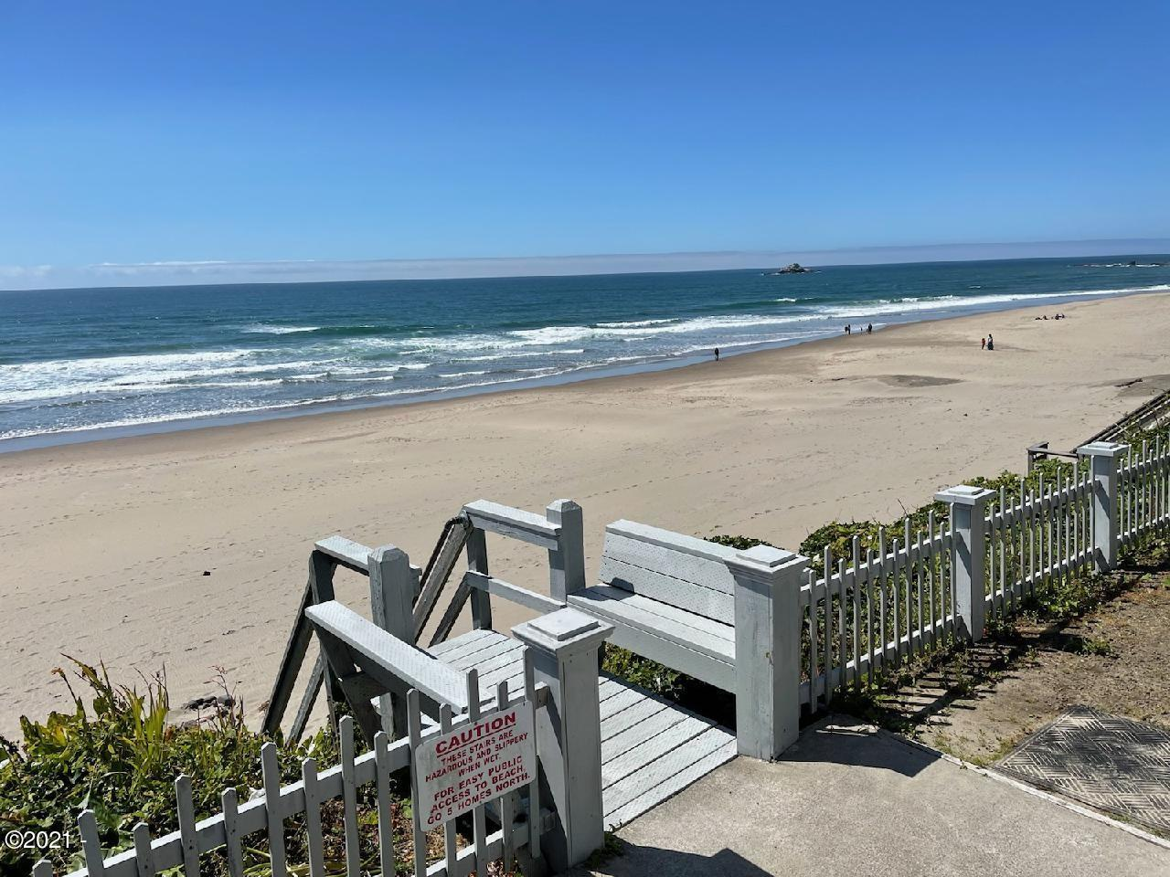7123 NW Logan Rd, Lincoln City, OR 97367 - Miles of Sandy Beach
