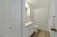 5935 Hacienda Av, Gleneden Beach, OR 97388 - Bathroom 2