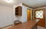 1489 SE 98th St, South Beach, OR 97366 - Lower Level Wet Bar