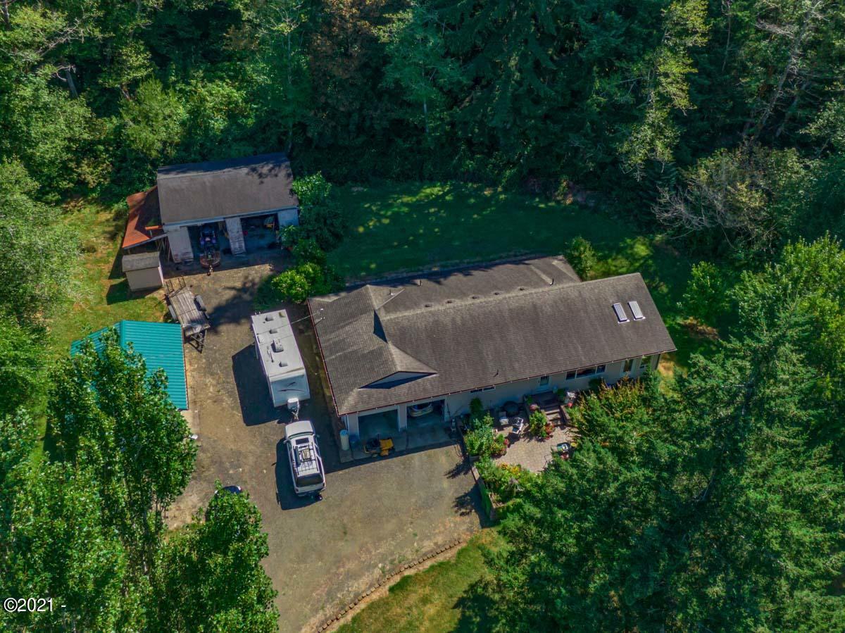 648 Olalla Rd, Toledo, OR 97391 - Olalla House