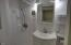 648 Olalla Rd, Toledo, OR 97391 - Master Bath