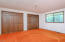 645 NW Westwood St, Toledo, OR 97391 - Main Bedroom