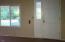 199 N Deer Hill Dr, Waldport, OR 97394 - Entry