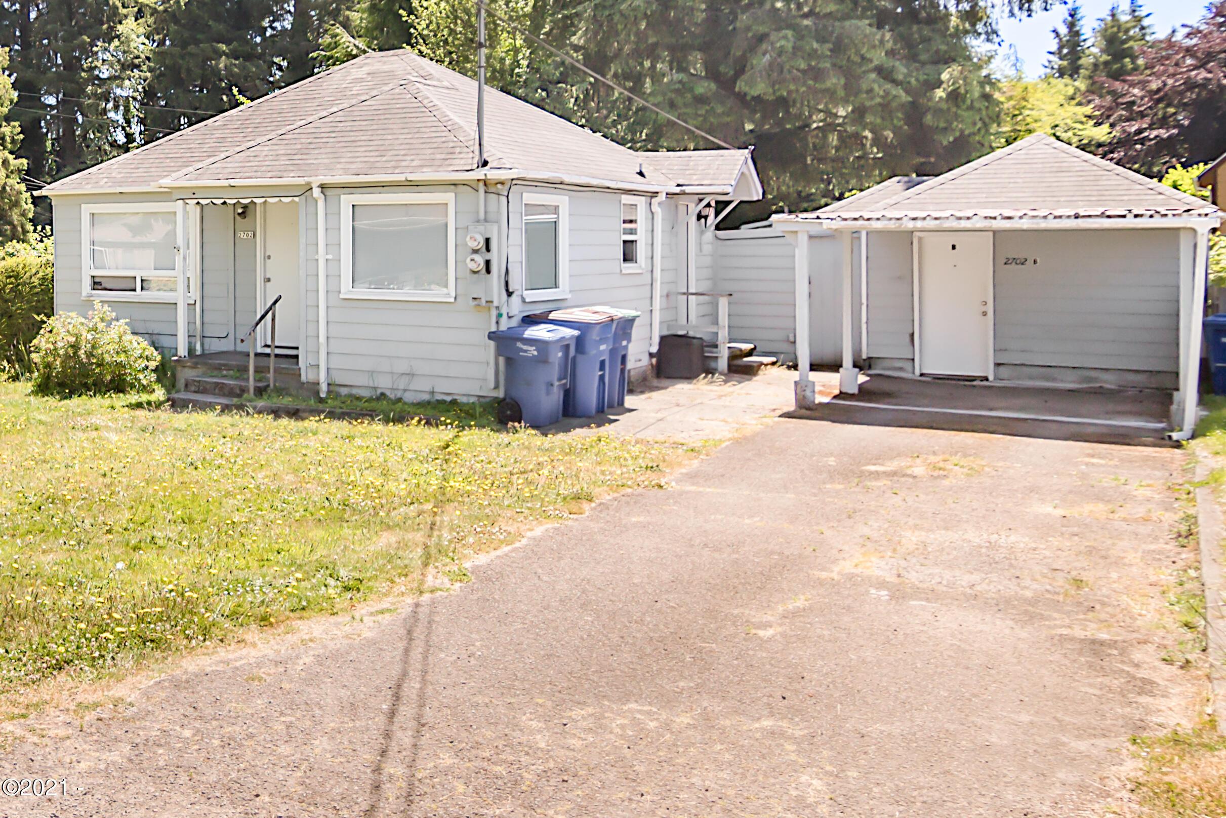 2702 NE Holmes Rd, Lincoln City, OR 97367 - Cottage/Studio