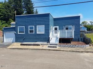 36 Combs Ave, Depoe Bay, OR 97341 - Exterior