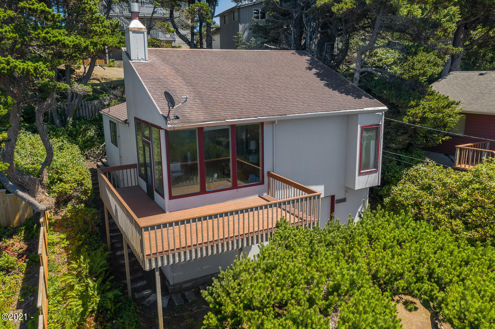1876 NW 52nd Dr, Lincoln City, OR 97367 - Front exterior