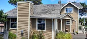 2615 NW Inlet Ave, Lincoln City, OR 97367 - Inlet1